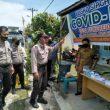 Kasat Binmas Polres Batu Bara, Blusukan ke Desa Suko Rejo Bagi bagi Masker Gratis