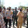Kapolda Riau  bersama Gubri  Tinjau Pos Penyekatan Perbatasan Di Kabupaten Kampar