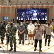 """Panglima TNI dan Kapolri Minta Warga Tetap Disiplin Prokes ,"""" Sembari Tinjau Vaksinasi Massal di Bandung"""