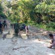 Medan Berlumpur Tak Surutkan Semangat Satgas TMMD Kodim 0204/DS